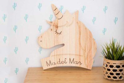 Unicornio de madera