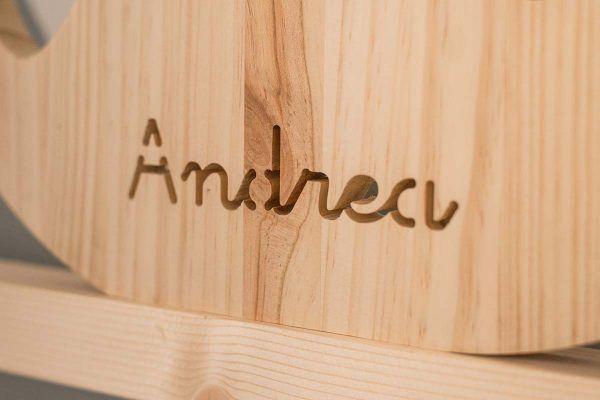 nombre personalizado ballena de madera