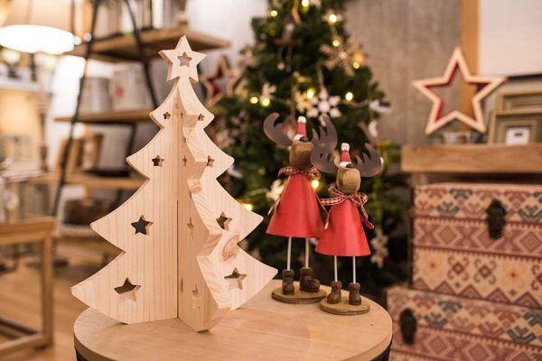 arbol de navidad de madera pequeño