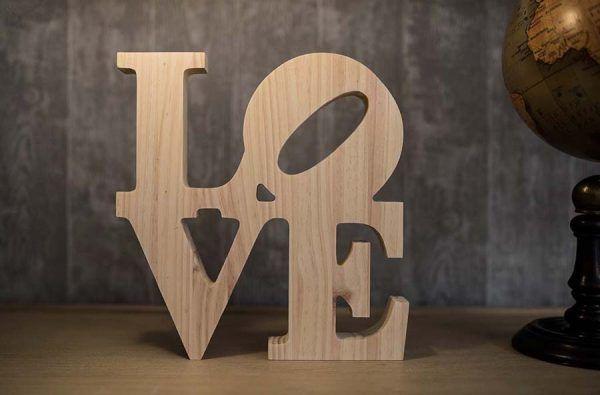 love en madera grandes