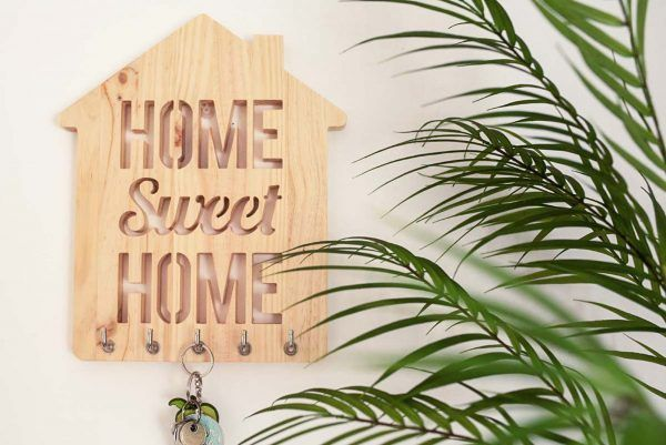 HOME SWEET HOME EN MADERA